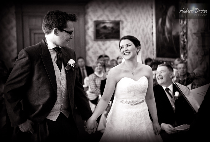 Candid Wedding Photography The first glance � www.andrew-davies.com