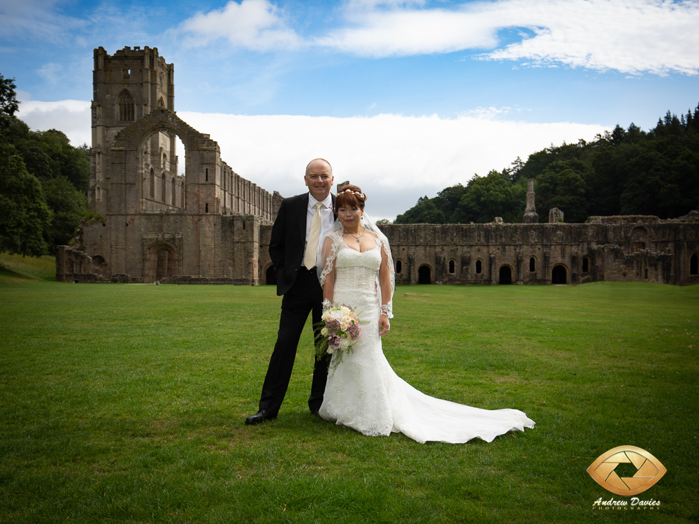 fountains abbey north yorkshire wedding photographer photos