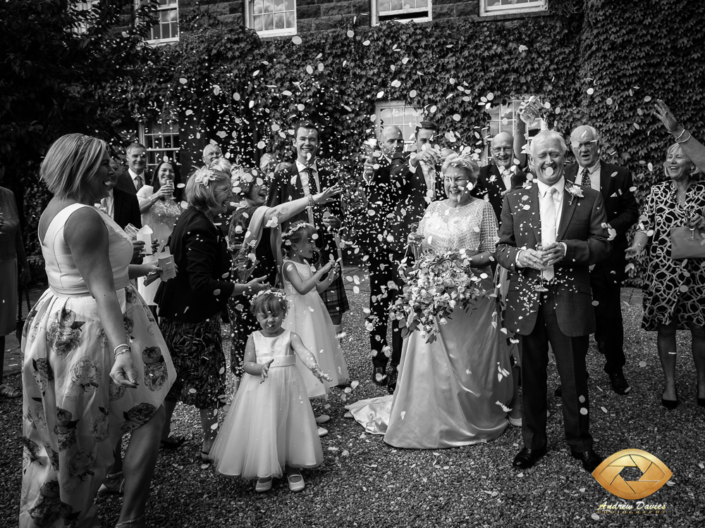 laskill country house wedding photographers photo confetti