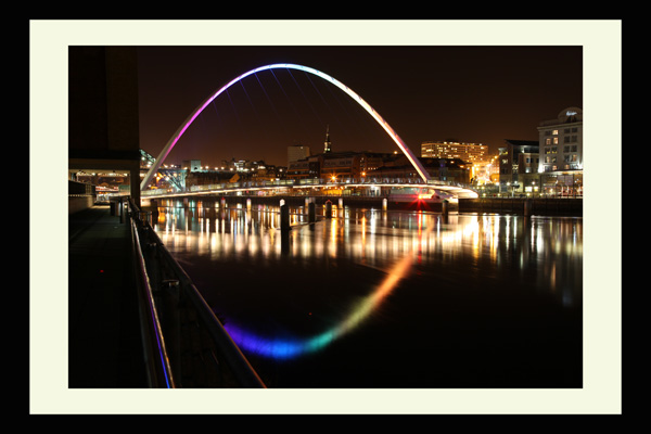 millenium bridge gateshead newcastle night
